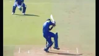 Left hand fast bowler