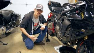 10. How to do a motorcycle oil change (05 CBR 600rr)