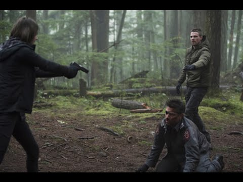 Arrow Season 3 Episode 14 Review & After Show | AfterBuzz TV
