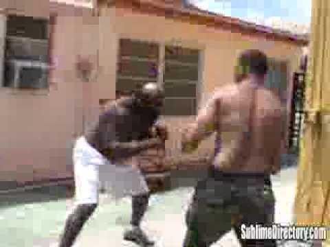 pelea callejera de negros   kimbo vs chico figth