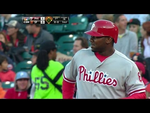 Video: PHI@SF: Howard's RBI single puts the Phillies ahead