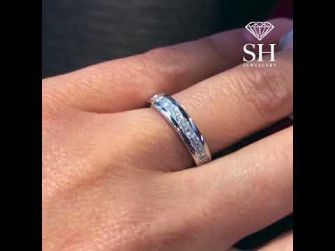 Channel set princess cut women's diamond wedding band (2.9mm)