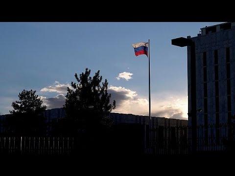 Στη Μόσχα έφτασαν οι Ρώσοι διπλωμάτες που απελάθηκαν από τις ΗΠΑ