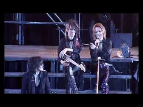 A video of YOSHIKI and HEATH