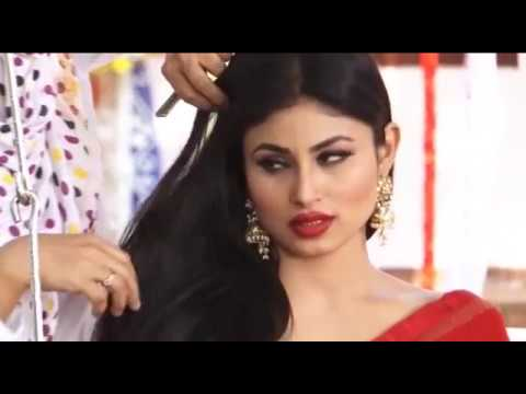 Video Bollywood Heroine Mouni Roy Latest Red Saree Photoshoot download in MP3, 3GP, MP4, WEBM, AVI, FLV January 2017