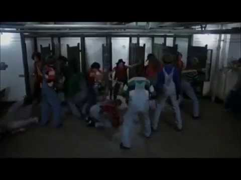 the Warriors vs the Punks (видео)