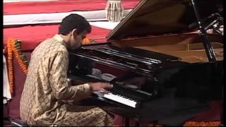 Harivallabh Sangeet Samelan 2012- Utsav Lal on Piano , Shailendra Mishra on Tabla