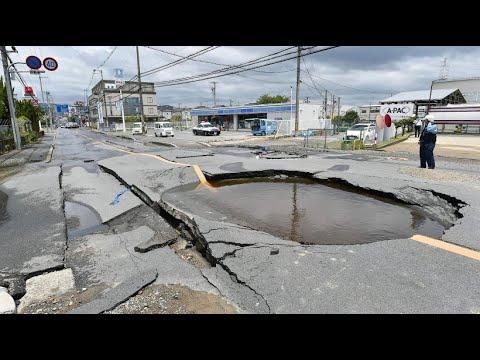Mehrere Tote nach Erdbeben im Westen Japans