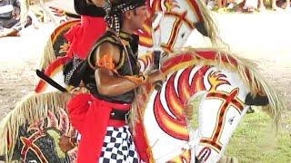 Video HORSE Trance DANCE - Jathilan Kreasi CIPTO WILOHO - Jatilan Kuda Lumping Kesurupan [HD] MP3, 3GP, MP4, WEBM, AVI, FLV Agustus 2018