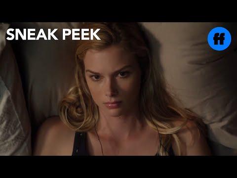 Stitchers   Season 1, Episode 5 Sneak Peek: Kirsten & Camille In Bed   Freeform
