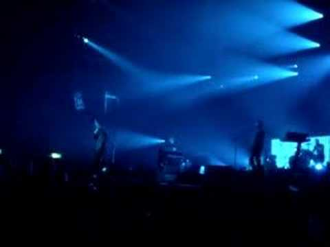 Coldplay - Square One (Live)