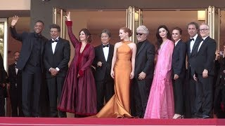Video Will Smith and The Jury on the red carpet for the 70th Anniversary of the Cannes Film Festival. MP3, 3GP, MP4, WEBM, AVI, FLV Juli 2017