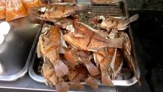 Bangkok Living And Travel - Sri Nakarin Neighbourhood Fried Fish Vendor