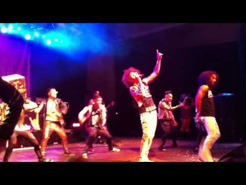 "LMFAO ""Party Rock Anthem"" LIVE W/Quest Crew @ Billboard Summer Blowout NYC"
