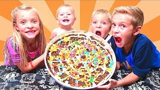 Video 🎃HALLOWEEN OREO GUMMY CANDY PIZZA! 🍕 MP3, 3GP, MP4, WEBM, AVI, FLV Juli 2018
