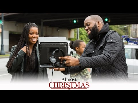 Almost Christmas Almost Christmas (Featurette 'A Look Inside')