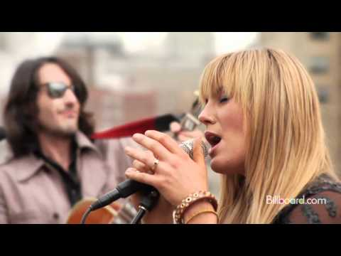 Grace Potter and the Nocturnals - White Rabbit lyrics
