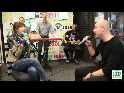 "gratis - Bere Gratis si Sore canta ""Noapte calda"" live in studioul Radio ZU. Hiturile se asculta la ZU: http://live.radiozu.ro http://www.radiozu.ro http://www.facebook.com/radiozu Bere Gratis..."