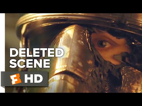 Star Wars: The Last Jedi Deleted Scene - Phasma's End (2018) | Movieclips Extras
