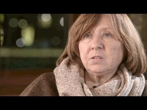 Νόμπελ λογοτεχνίας '15: «Όλοι οι βραβευμένοι με Νόμπελ Ρώσοι συγγραφείς υπέστησαν διώξεις»