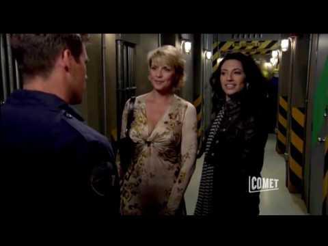 Stargate SG1 - Carter And Vala Very Civilian (Season 10 Ep. 18)