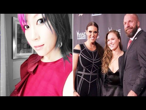 10 Current WWE Female Wrestlers Who Are Sweethearts In Real Life And 5 Who Are Jerks