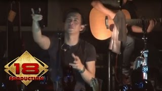 Video NOAH - Ini Cinta  (Live Konser Semarang 26 Februari 2014) MP3, 3GP, MP4, WEBM, AVI, FLV April 2019