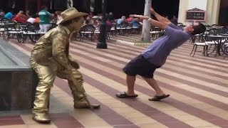 Video SCARY STATUE PRANK MP3, 3GP, MP4, WEBM, AVI, FLV November 2017