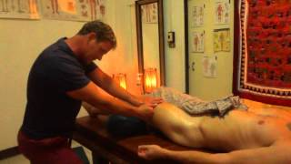 Oil Massage Pumping Techniques For The Quads And Glutes And Lower Back