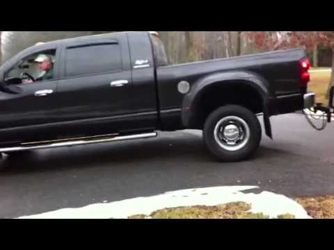 Dodge Dually burnout with trailer