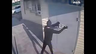 Ограбление в стиле Гая Риччи
