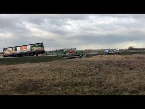 Wideo: Wypadek na dk 12 w Kłębanowicach