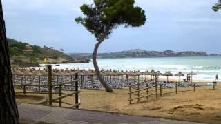 Mehr Informationen: http://out.hotelvideoclips.de/hh8 Das Hotel Bahia Principe Coral Playa liegt in der Stadt Palmanova welche...