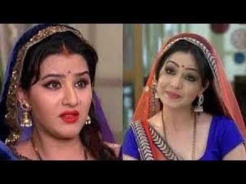 Video New Angoori Bhabhi VS ex Angoori Bhabhi - Shilpa Shilpa vs Shubhangi Atre download in MP3, 3GP, MP4, WEBM, AVI, FLV January 2017