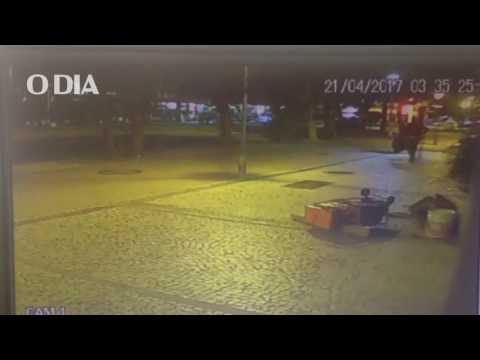 Bandidos explodem agência bancária em Ipanema