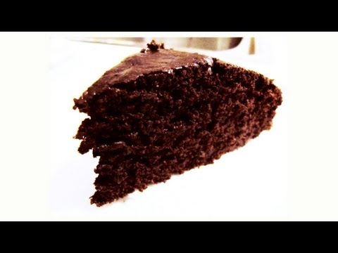 Butter-Free Chocolate Cake Recipe [VIDEO]