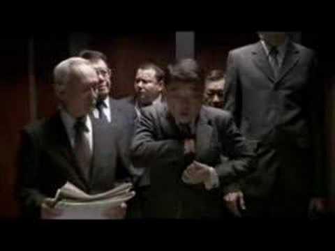 不小心在電梯裡放屁,可以用這招!