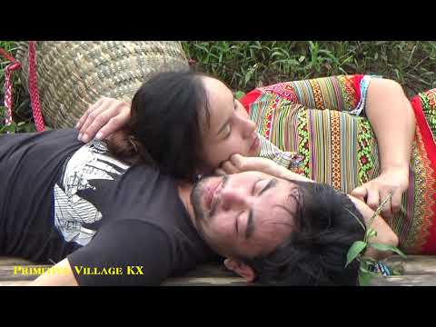 Primitive Life - Lucky Couple Catch A Pair Of Large Golden Carp In The River