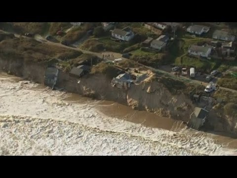 uk - Subscribe to ITN News: http://bit.ly/itnytsub Homes were destroyed as the worst tidal surge to hit the UK in 60 years struck the east coast of Britain on Thu...