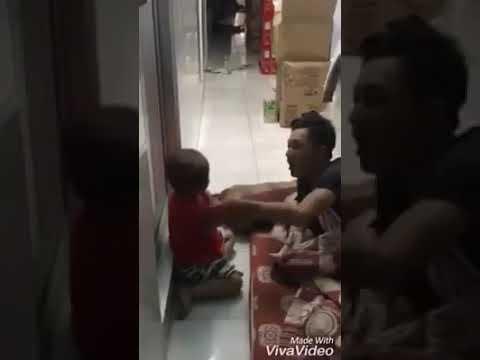 Tại sao người lớn lại làm vậy với trẻ con?