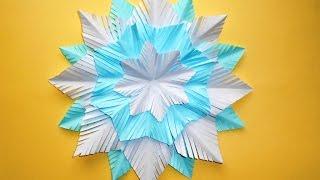 Снежинка из бумаги на новый год. Новогодние поделки для детей.