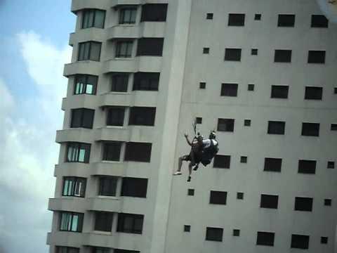 ataide salto de paraglider em guarujá