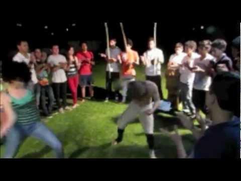 Harlem Shake Capoeira Nagô Ecuador