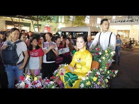 Lâm Vỹ Dạ ngồi xích lô đầy hoa 'chặt đẹp' dàn nghệ sĩ đi dự giải thưởng Mai Vàng 2018 - Thời lượng: 11:01.