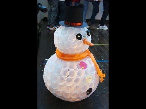 Снеговик из стаканов своими руками мастер класс