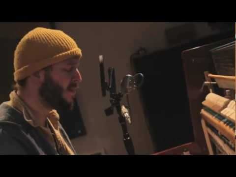 Video Bon Iver - I Can't Make You Love Me (Nick of Time) download in MP3, 3GP, MP4, WEBM, AVI, FLV January 2017