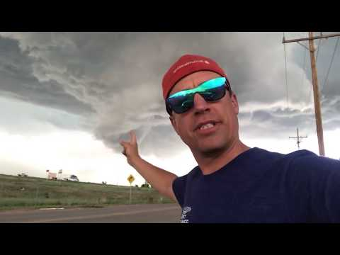 LIVE from tornado warning in Hudson, Colorado! June 19, 2018_Legjobb videók: Időjárás, vihar videók