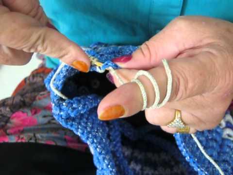 กระเป๋าจากเชือกร่ม - อธิบายการถักกระเป๋าลายหนอนนอน หรือติดตามเราได้ที่ www.facebook.com/houserope www.houserope.com.