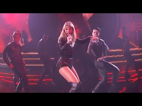 Video Here's How Taylor Swift May Have Shaded Kim Kardashian During AMAs Performance download in MP3, 3GP, MP4, WEBM, AVI, FLV January 2017