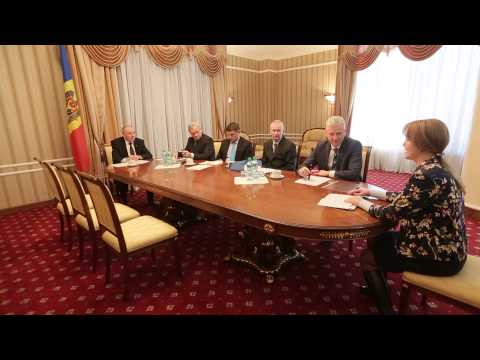 Moldovan president signs decrees appointing eight magistrates